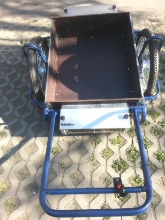 dvoukolák 2x 250W/36V zezadu